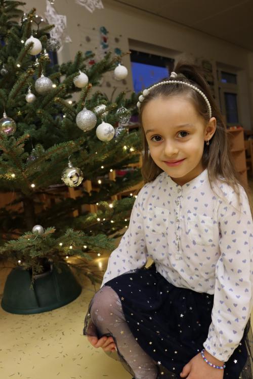 Vánoční besídka, zdobení stromečku